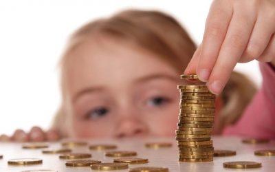 Enseñar a tus hijos sobre el dinero